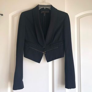 Brand new without tags, bcbg cropped blazer